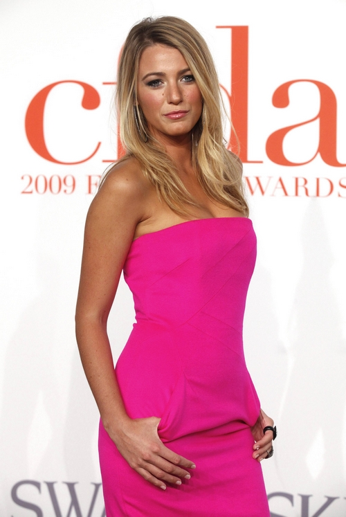 Actress Blake Lively arrives at the 2009 CFDA Fashion Awards in New York