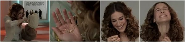 carrie-finds-her-necklace